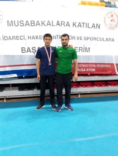 Emir Ömer Bozdağ, Güreş Milli Takımı kampına davet edildi