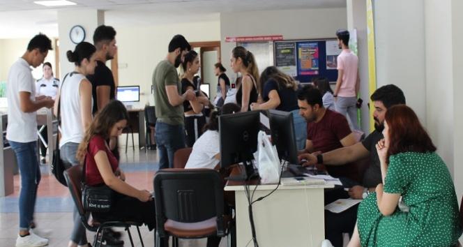 Kontenjanlarla birlikte adayların üniversiteye girme şansları da arttı