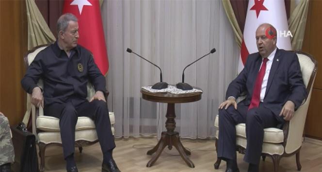 Milli Savunma Bakanı Akar, KKTC Başbakanı Tatar ile görüştü