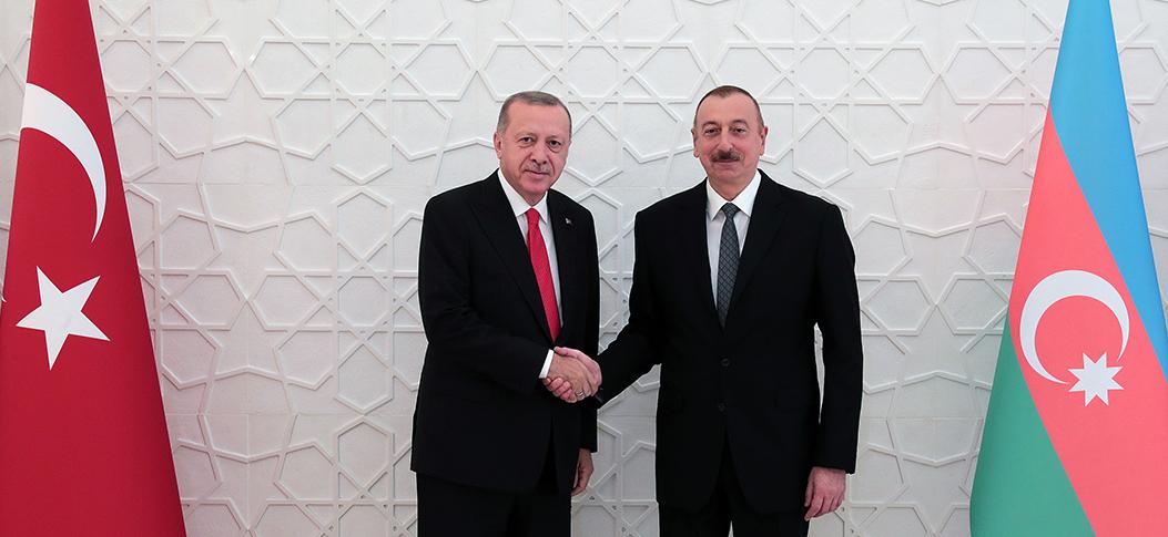 Erdoğan, İlham Aliyev ile bir araya geldi