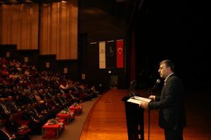 """""""Atatürk'ün Liderliği ve Mücadeleci Ruhu Gençlerimize İyi Anlatılmalı"""""""