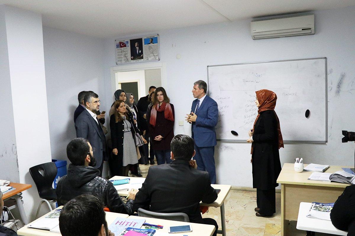 Merkezi Sultanbeyli'deki Mülteciler Derneği'ne Önemli Ziyaret