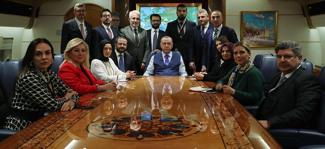 """Erdoğan, """"Libya Zirvesi"""" dönüşünde soruları yanıtladı"""