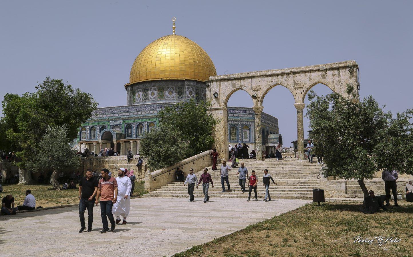 """""""Kudüs satılık değildir"""""""