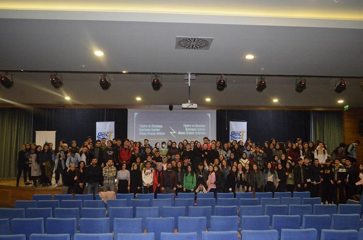 Sancaktepe'de Genç Gelecek 4. Liseler arası Münazara Yarışması Başladı