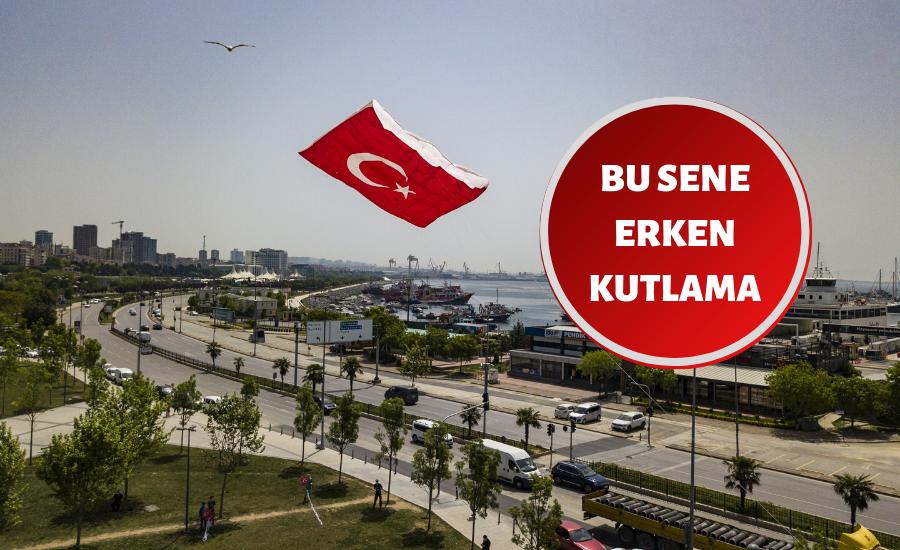 19 Mayıs'ı, dev Türk bayrağı desenli uçurtmayı uçurarak kutladılar