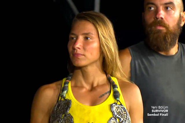Elif, Survivor 2020'nin çeyrek finaline kalan ilk yarışmacı oldu
