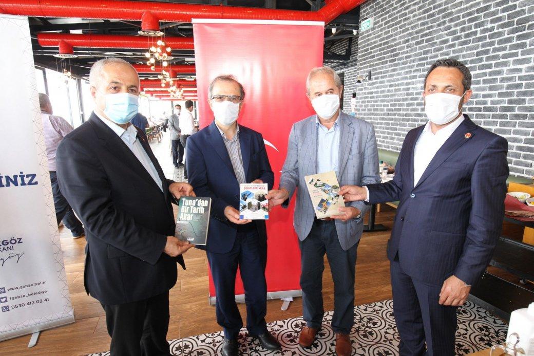 Anadolu'lu Yazar ve Gazeteciler Gebze'yi Gezdi