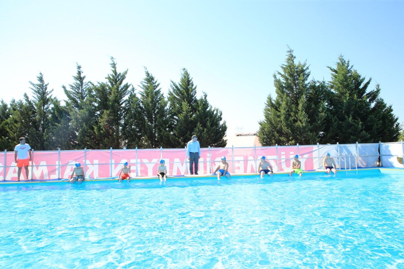 """Sultanbeyli'de """"Yüzme Bilmeyen Kalmasın"""""""