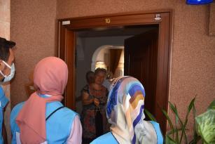 Gazi ve Şehit Ailelerine Kur'an-ı Kerim Takdim Edildi